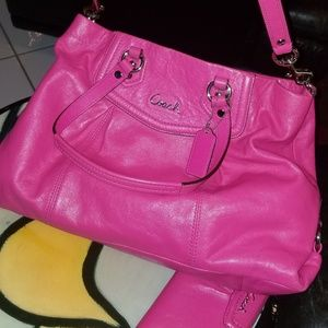 Coach shoulder bag with matching wallet